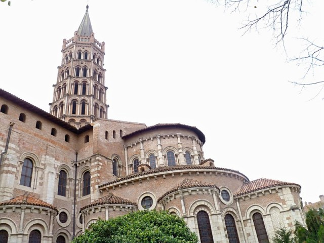Saint sernin basilica toulouse romanesque enchantment for W architecture toulouse